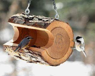 DIY Fountain Plans | Garden Decor: DIY Log Birdfeeder | A Gardener's Notebook