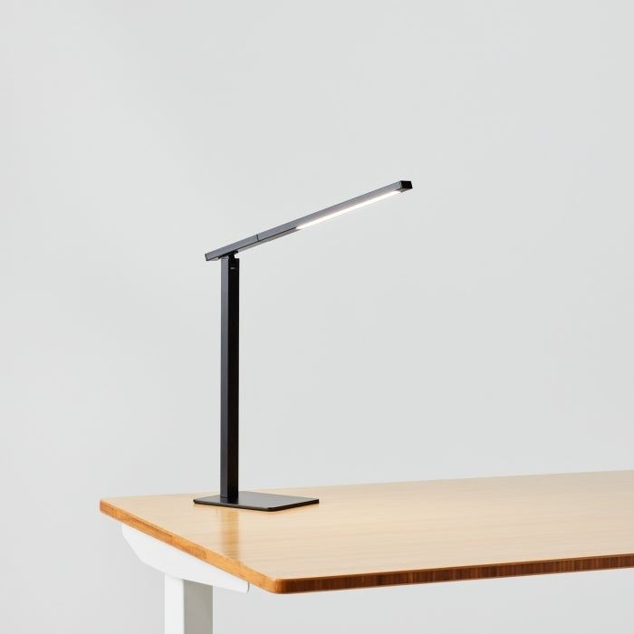 Aleris Led Desk Lamp In 2020 Modern Desk Lamp Desk Lamp Minimalist Desk Lamp