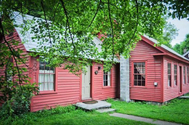 Graciosa Casa Vermelha!por Depósito Santa Mariah