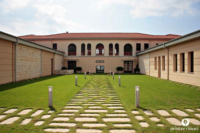 Ktima Biblia Chora's inner courtyard.