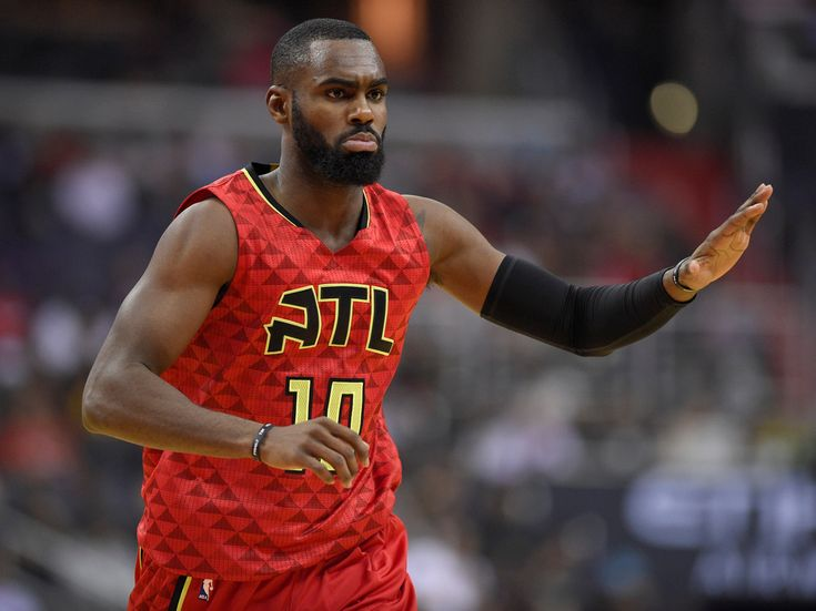 The Knicks struck a $71 million deal with a player they traded away 2 years ago and it appears to have severely outbid the competition - The New York Knicks on Thursday made one of the biggest and strangest splashes of NBA free agency.  According to reports, the Knicks signed 25-year-old shooting guard Tim Hardaway Jr. to a four-year, $71 million offer sheet.  Hardaway is a restricted free agent, meaning the Atlanta Hawks can match any offer he receives (they have two days to do so), but…