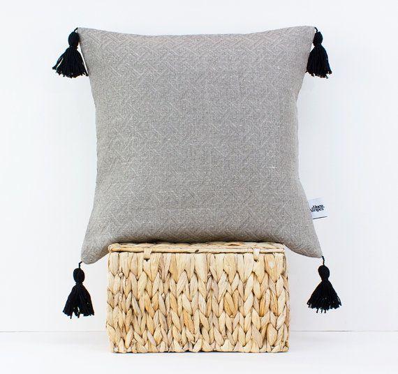 Linen pillow with tassels - Pom pom cushion - Tassel pillow - Boho bedding - Bohemian decor - Decorative pillows for bed