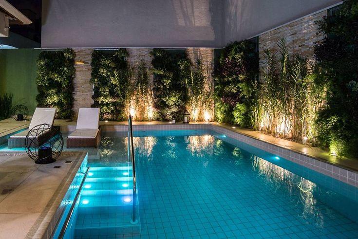 Residência Interlagos : Piscinas modernas de Nadia Takatama arquitetura e interiores