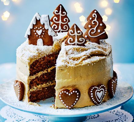Gingerbread cake with caramel biscuit icing