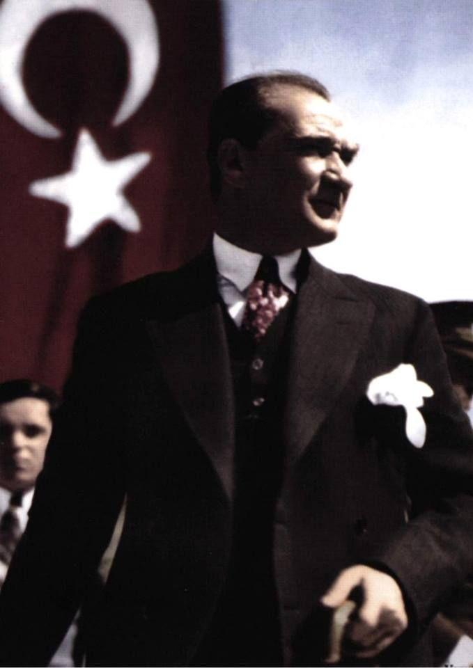 Peace at home, peace in the world ..Atatürk  أتاتورك
