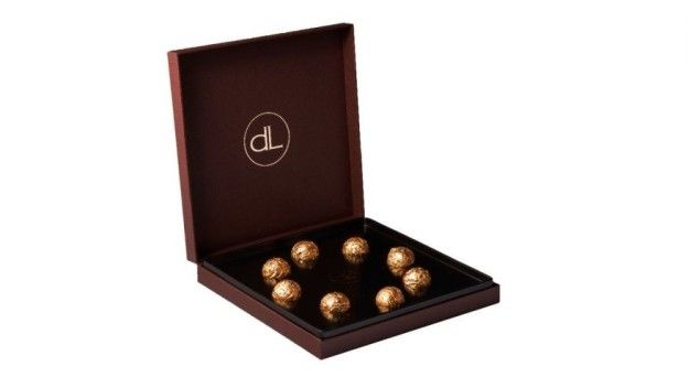 "DeLafée of Switzerland's Gold Chocolate Box | Show You Are ""Mad"" In Love With These Most Expensive Valentines Day Gifts"