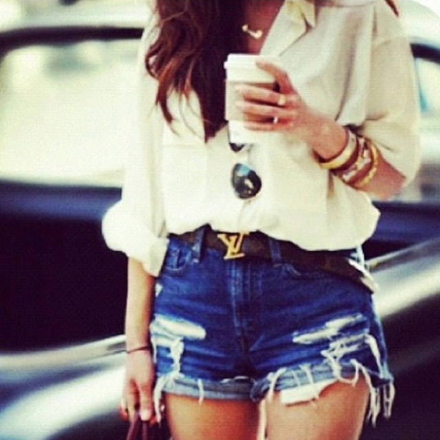 .great summer look. I bet I can find a big blouse shirt at goodwill just like this! Now I need the LV belt :)