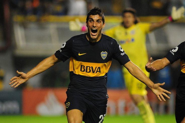 El jugador de Boca Juniors Nicolás Blandi celebra su gol ante Corinthians