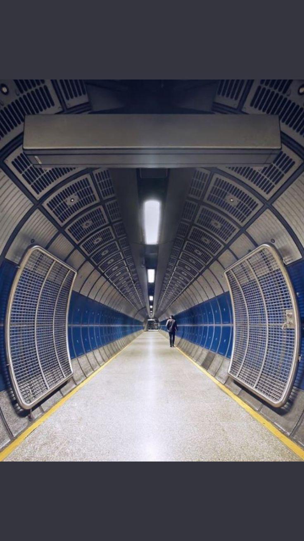 Tube of London 428 best The Tube