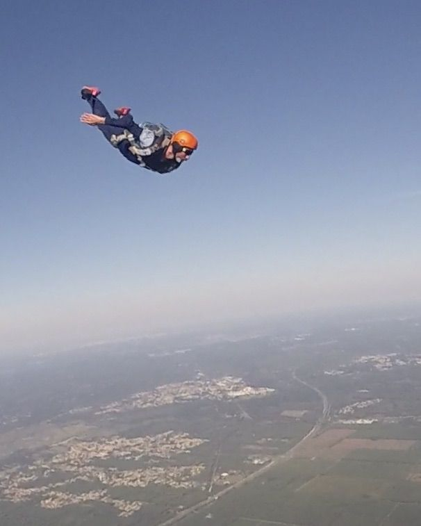 Pin By Tintin On Sky Diving Sky Adventure Skydiving Paragliding