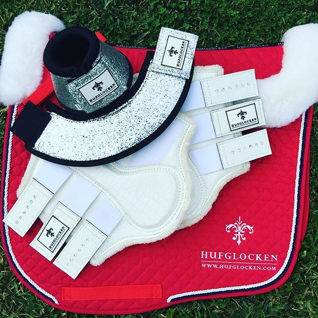 Shine on the Centerline 🌟🐴 www.hufglocken.com #allthethings #funkeln #hufglocken