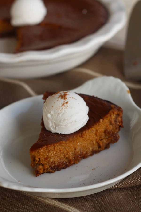#paleo Eggnog Pumpkin Pie with Gingerbread Crust