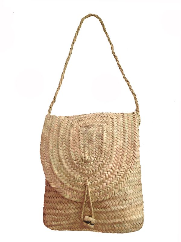 Moroccan bag made from straw from kira-cph.com