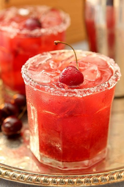 Cherry Old Fashioned Smash: The key to a successful summer Smash? Plenty of fresh cherries. Pair those muddled cherries with bourbon, cherry brandy, orange bitters and club soda.