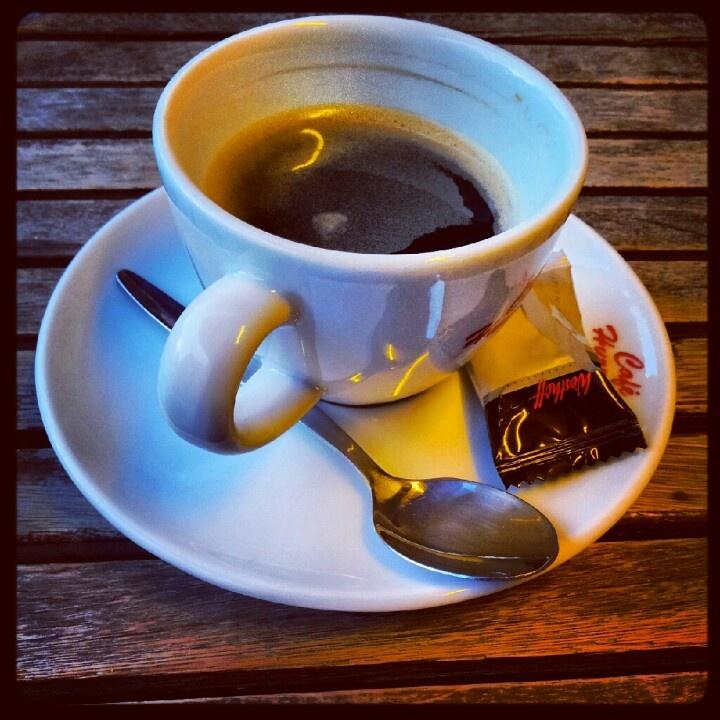 Abendkaffee im Café Hurricane in Kassel