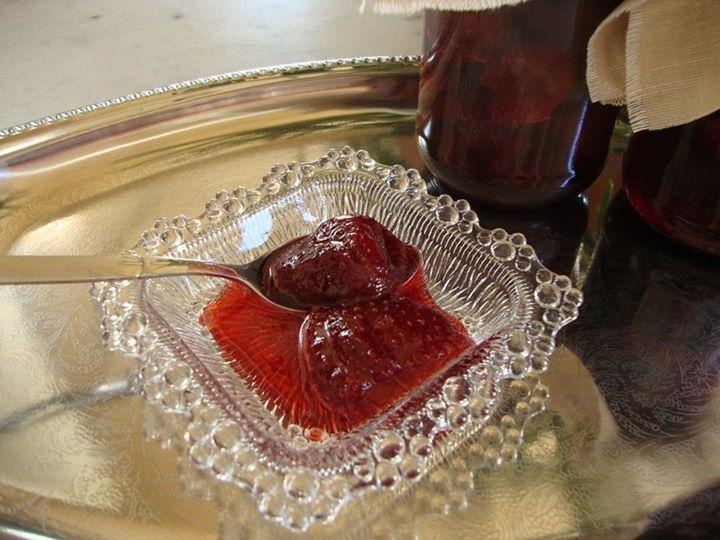 Γλυκό κουταλιού Φράουλα !!! ~ ΜΑΓΕΙΡΙΚΗ ΚΑΙ ΣΥΝΤΑΓΕΣ