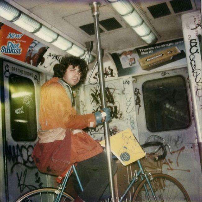 31 марта 1980 г.: Нью-йоркское метро http://photooftheday.hughcrawford.com/