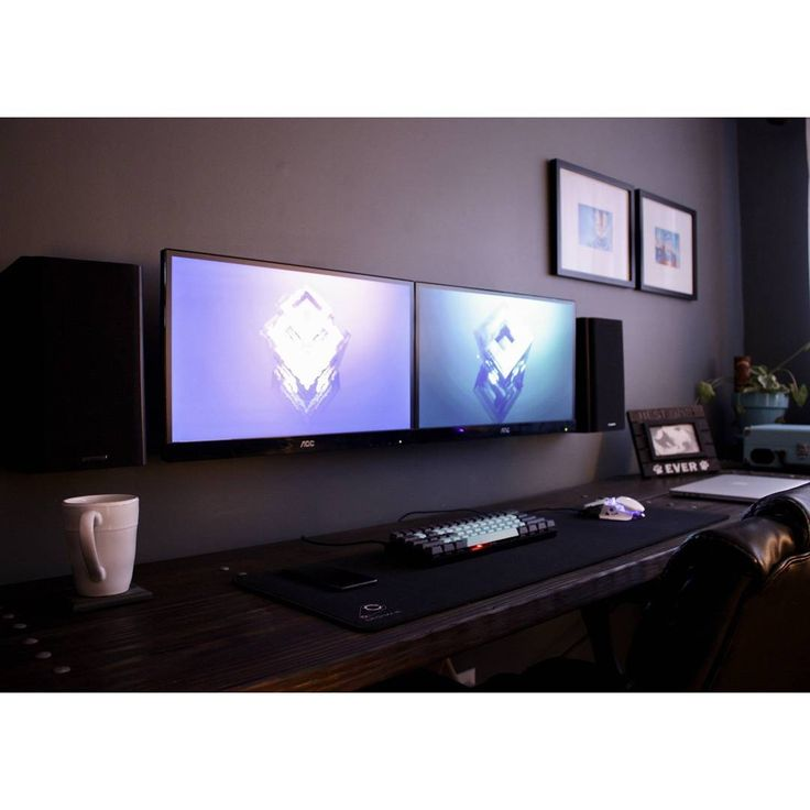 a clean setup that mech looks really nice though home decor pinterest computer. Black Bedroom Furniture Sets. Home Design Ideas