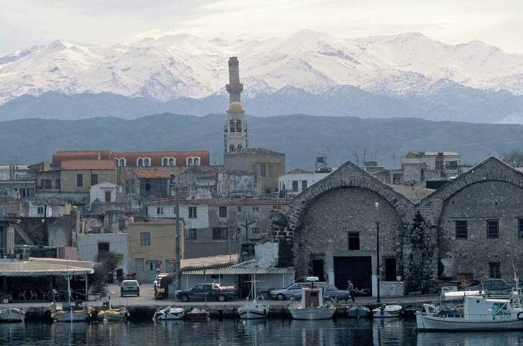 Ένα οδοιπορικό στην Κρήτη, στο ευλογημένο από τους θεούς νησί, δεν αρκεί για να συγκεντρώσει κανείς όλα τα στοιχεία του κρητικού γαστρονομικού πολιτισμού.