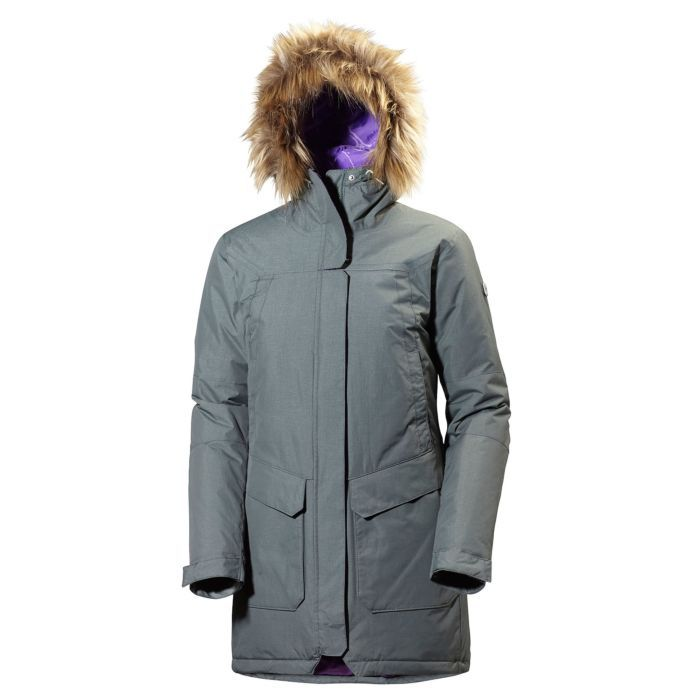 A classic everyday parka for women who like the clean and sporty look.