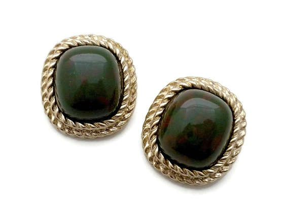 Gold Square Rope Clip Earrings With Faux Bloodstone By Sarah Coventry 1 Inch