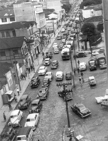 Rua Augusta, no bairro da Consolação (1958)