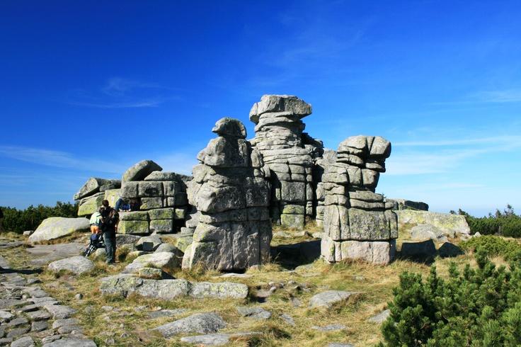 Divci a muzske kameny