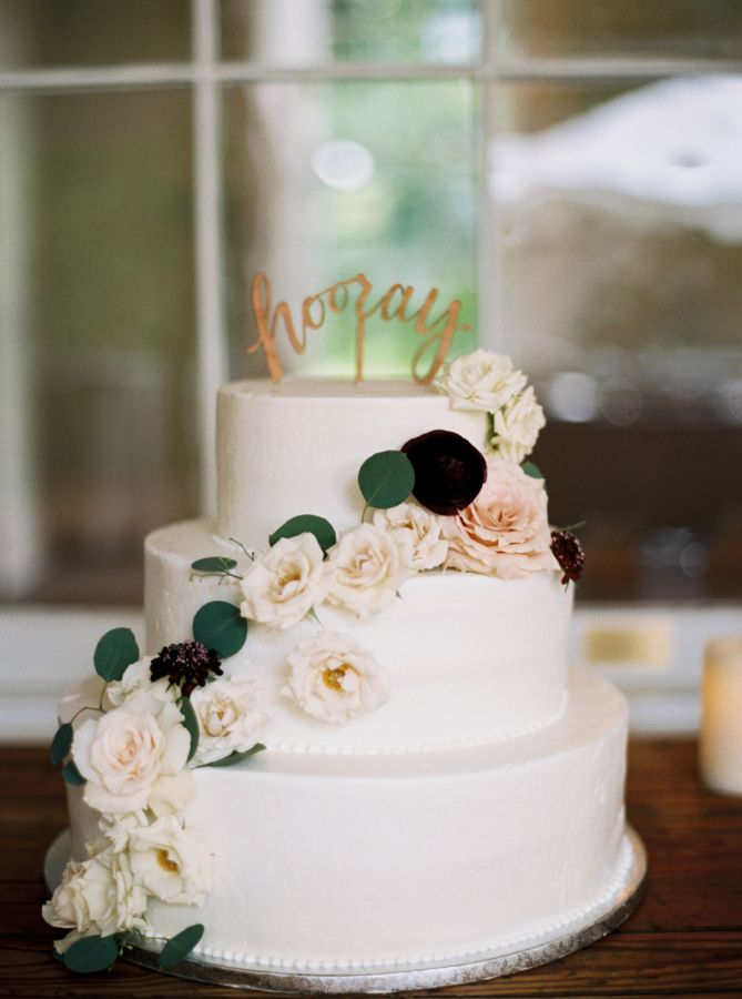 Design Your Own Cake At Publix : Nashville Front Porch Wedding Little black books ...