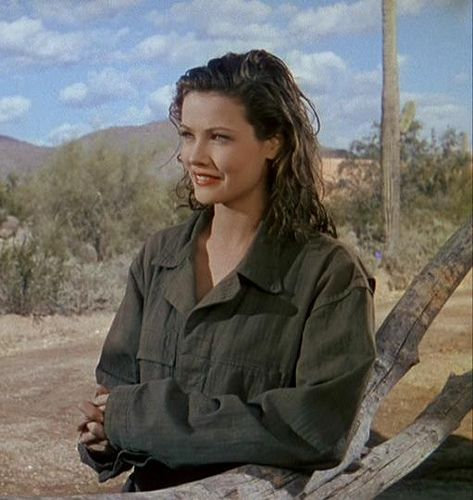 Gene Tierney in Thunderbirds (1942).