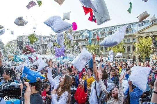 International Pillow Fight Day - Bucharest 2016. Photo: Octav Dragan