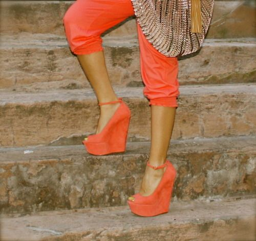 I need these wedges in my life.....Coral, Fashion, Orange Wedges, Cute Shoes, Colors, Platform Shoes, Heels, Black, My Style
