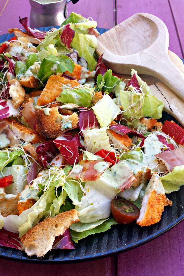 Sugg-r and some Salt: ensalada césar de pollo crujiente con polenta {de Jamie Oliver}