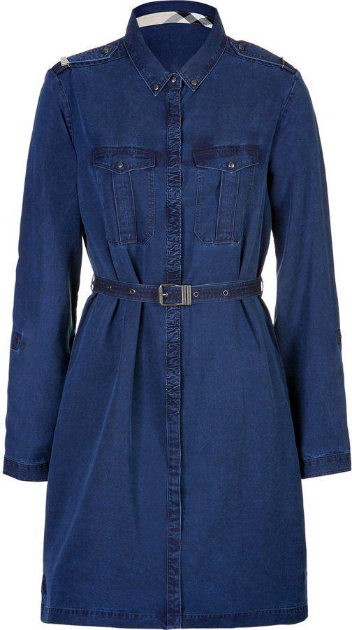 Pin for Later: Auf die Einkaufsliste: 17 früh-herbstliche Kleider Burberry Jeans-Kleid Burberry Kleid aus leichtem Denim (früher 365€, jetzt 182€)
