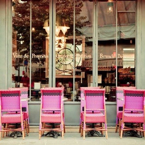 love the pink cafe chairs...