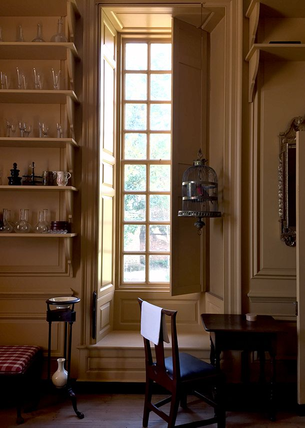 413 best images about colonial days and decor on pinterest for Colonial interior paint colors