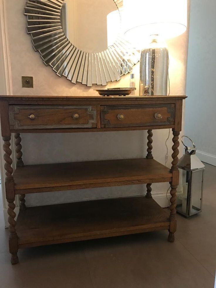 Lovely antique console table with twist leg details. The drawer base in the right drawer is missing