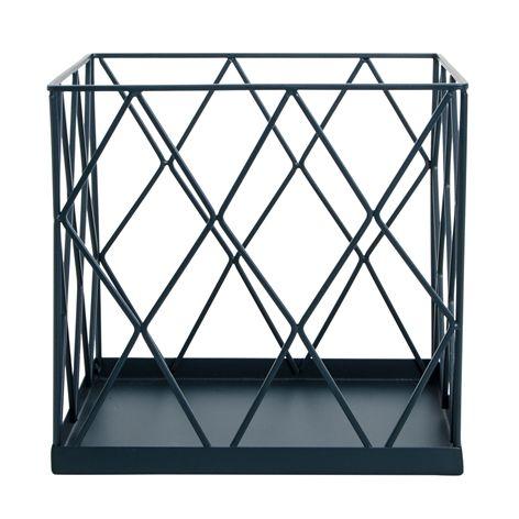Wirekorg EDGE svart. 20x20x19 cm. Förvaringskorg i galvaniserat järn. Finns i flera färger och storlekar.