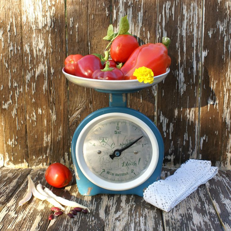 17 best images about vintage scales on pinterest kitchen for Rustic kitchen scale