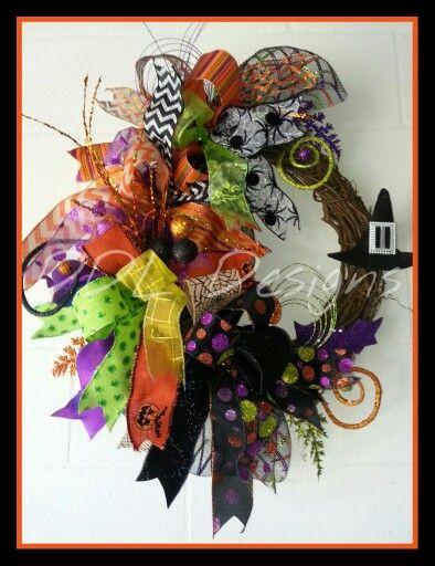 Whimsical Halloween wreath on Grapevine. DDL DESIGNS  https://m.facebook.com/ddldesigns