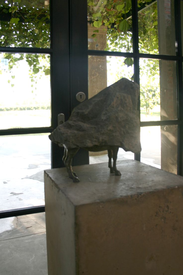 Sculpture at Saronsberg cellar