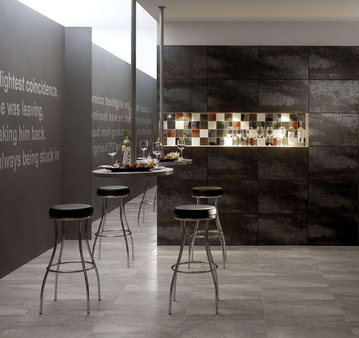 Керамогранит под металл. Имеет глазурованную поверхность. Коллекция Antares представлена в формате 33,3*33,3; 40*60; 50*50 для пола. Для стен можно использовать размер 10*10; 16,5*16,5. Плитку можно выкладывать в коридор, прихожую, торговые площади, офисы и бизнес-центры. Для полноценной отделки стен подойдёт коллекция Pegaso. Она вышла позднее и полностью соответсвует стилю.