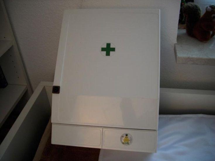 357) Erste-Hilfe-Schrank, gebraucht aber guter Zustand, Preis 30€