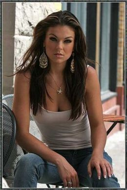 Serinda Swan, or as I like to call her, Tarian Xannon :-). At least, inspiration for her.