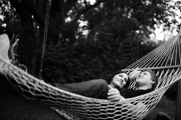 who's surprising her fiance with a hammock during the 1st look & pre-wedding photo shoot??!  THIS GIRL~!