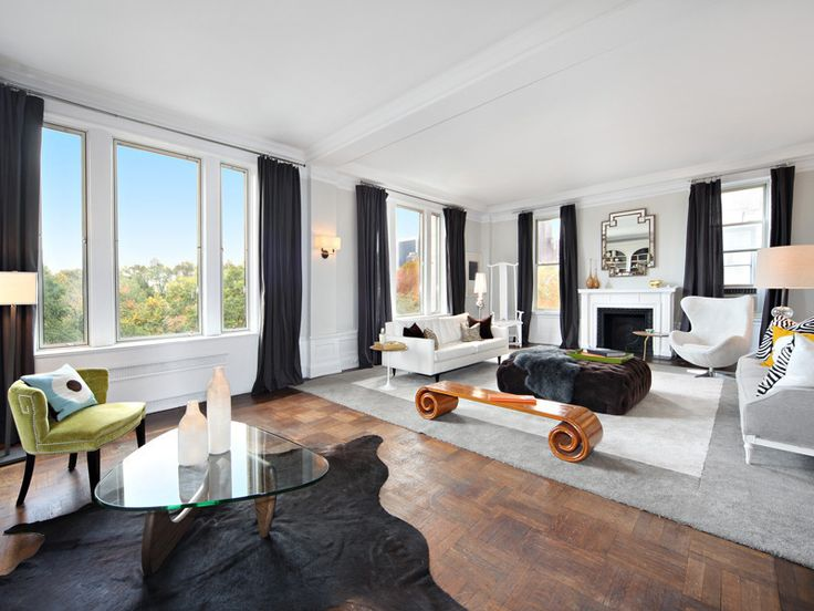 Gorgeous Living Room At 88 Central Park West With Views Of Livingroom