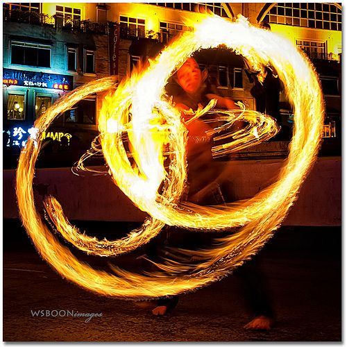 Street Torch Show @ Singapore Clarke Quay | Singapore Daily Photo
