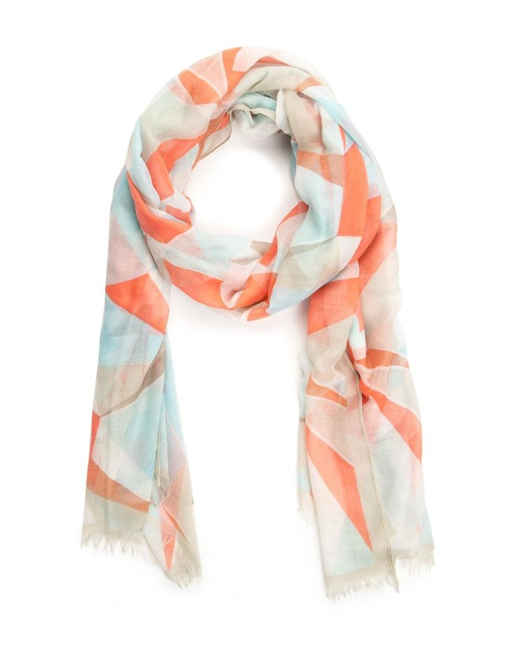 Frayed Geometric Print Scarf We always share our scarves!