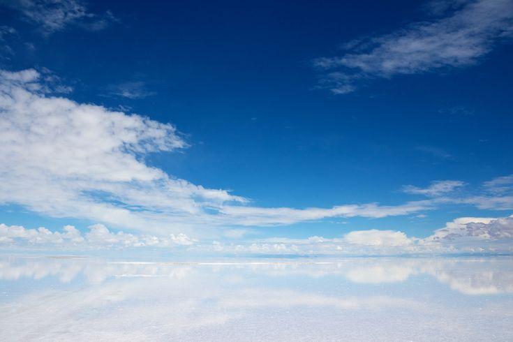 空を映す世界最大の鏡「ウユニ塩湖」 - ボリビアの絶景・名所 -