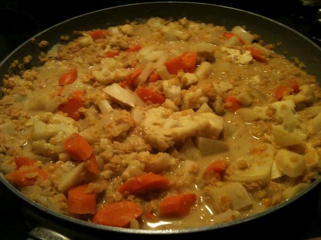 red lentil veg curry (vegan)