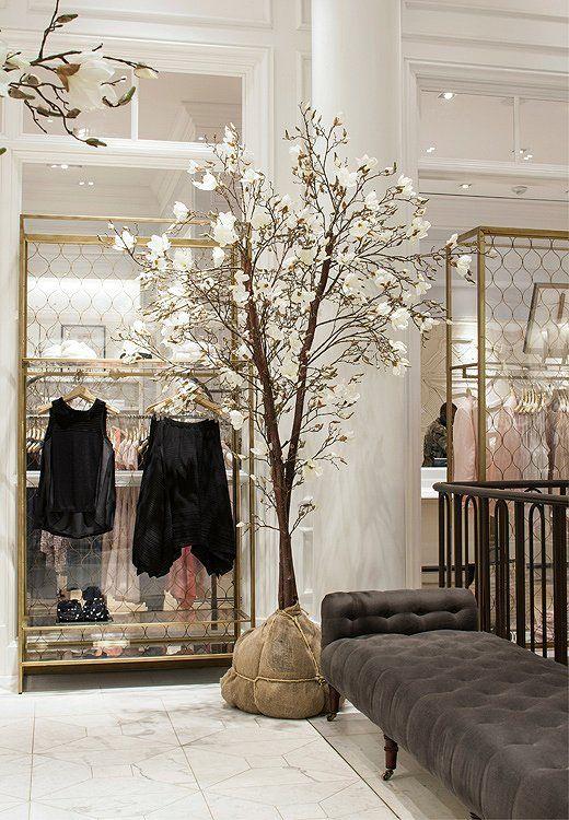 Go inside Club Monaco's 5th Avenue flagship store and then shop the vintage decor furnishings! https://www.onekingslane.com/live-love-home/club-monaco-decorating-ideas/